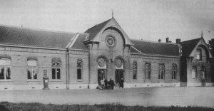 station Elst