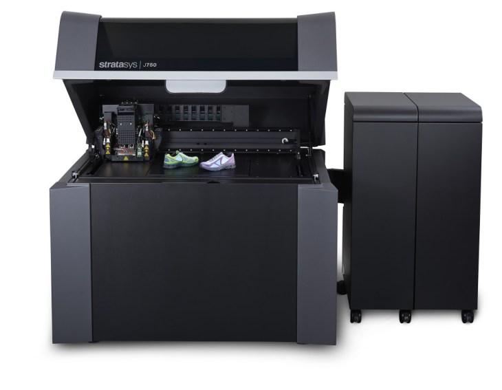Stratasys J750 stampanti 3d professionali