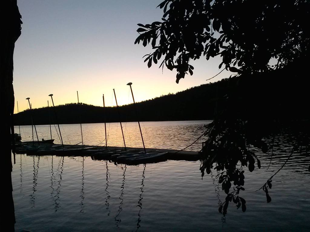 boats lake social media detox