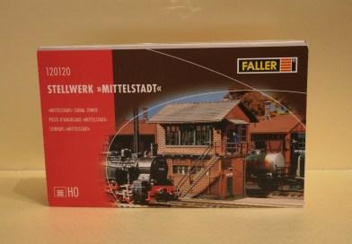 Wat zit er in de doos - Faller 120120 - Seinhuis Mittelstadt
