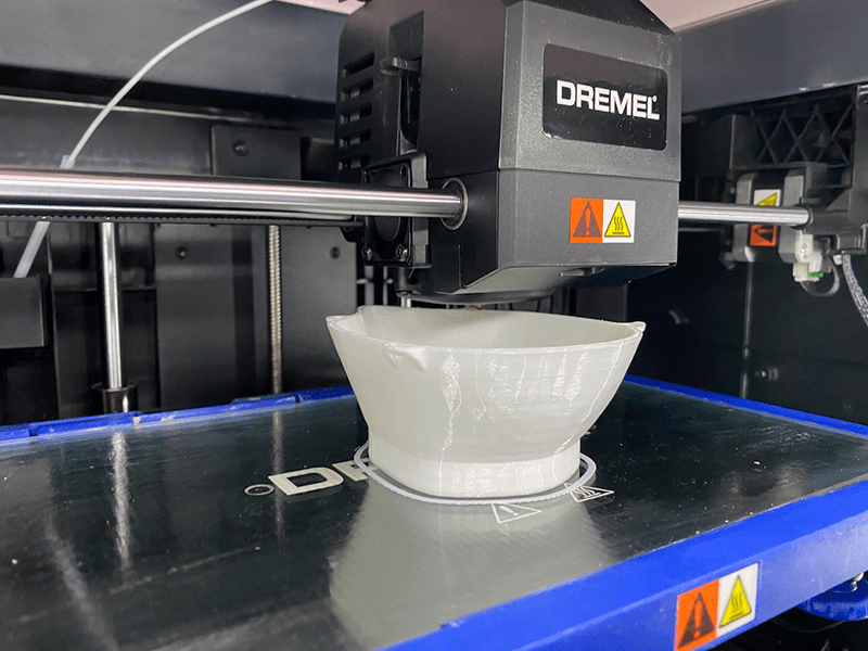 Printing the 3D Printed BECMv1 - (Buffalo e-NABLE Crisis Mask) on the Dremel 3D printer
