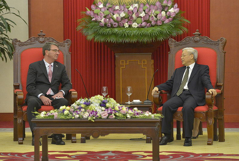 General Secretary of the Communist Party of Vietnam Nguyen Phu Trong meeting with Secretary of Defense Ashton Carter in Hanoi, Vietnam on June 1, 2015. Source: Secretary of Defense's flickr photostream, U.S. Government Work.