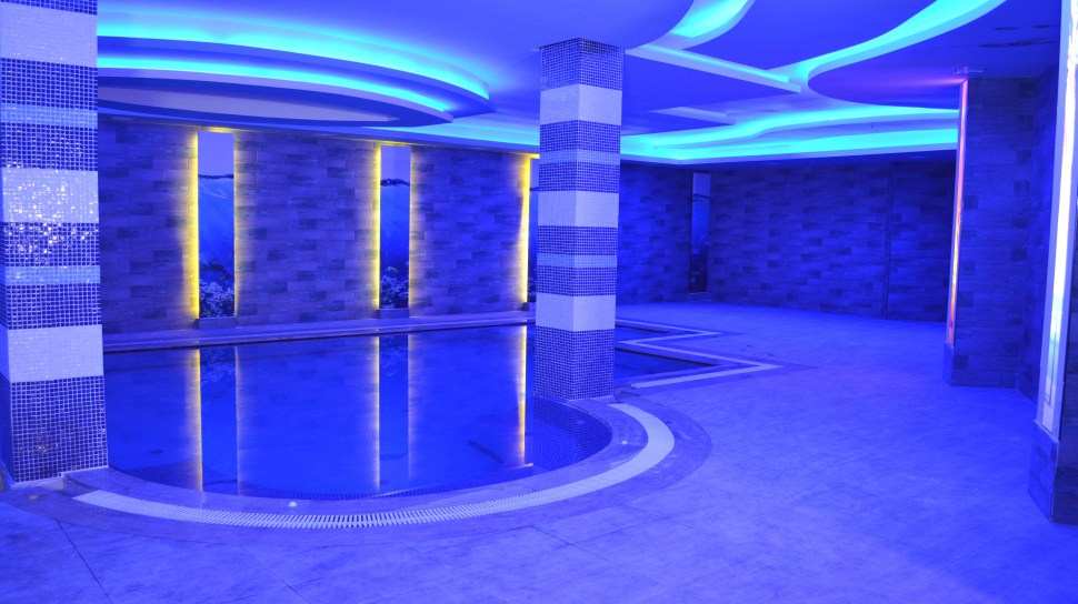 INDOOR POOL AT GOLDEN HANDS HAMAM AND SPA STUDIO  IN MAHMUTLAR