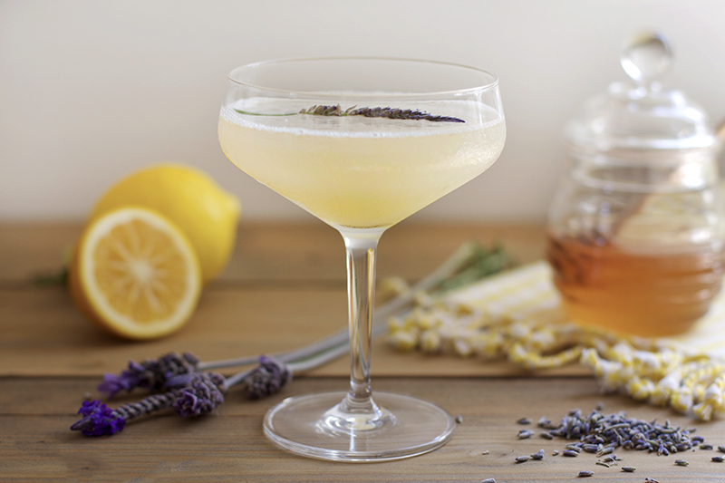 Bees Knees Cocktail Is Sweet But Delicious Cocktails
