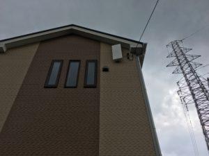 皿倉山テレビ電波送信所に向かってアンテナを設置 八幡西区にて