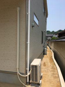 新築の戸建てのエアコン配管にはダクトカバーを 小倉南区にて