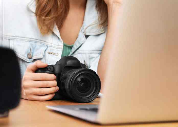 How To Use Dslr As Webcam 2 Easy Methods Setup Tips Gear Software Click Like This