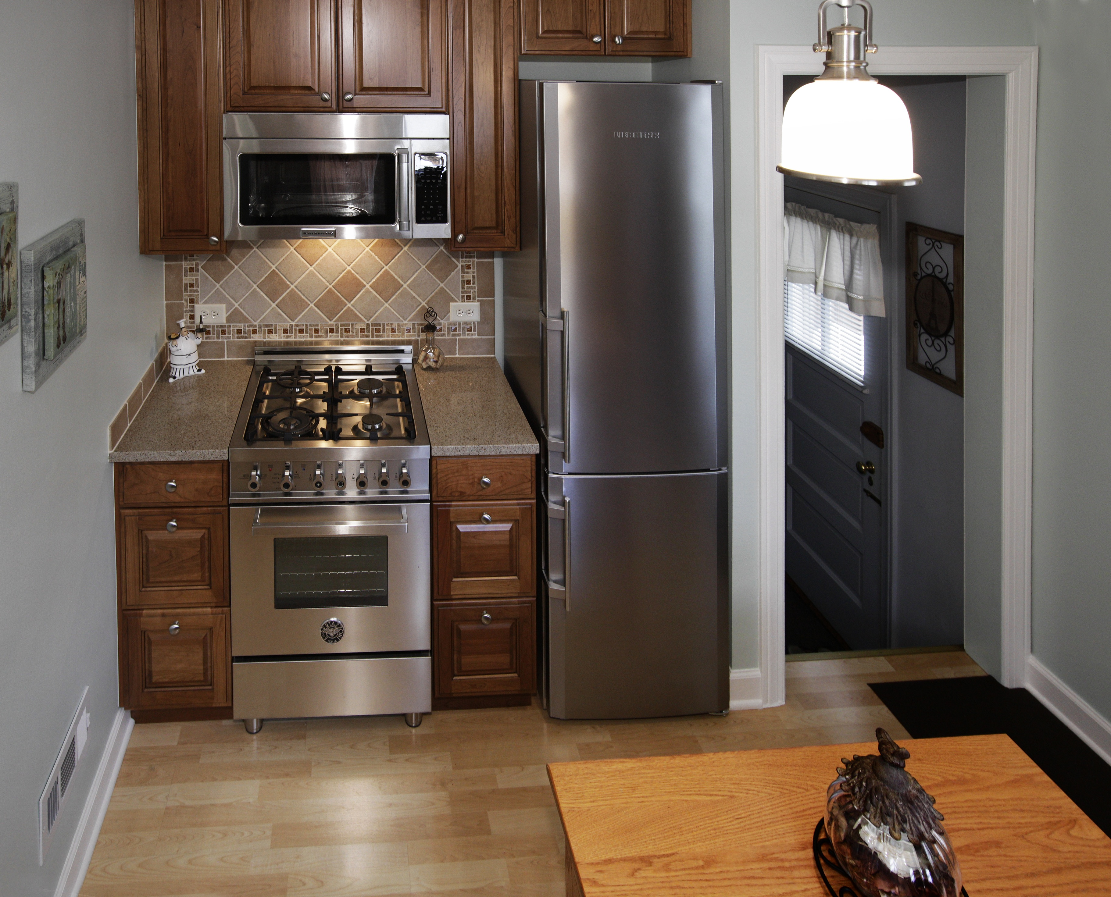 kitchen remodel how to island wine fridge small elmwood park il better kitchens click