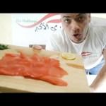 تحدي اكل سمك السلمون المتوحش نيئ غير مطبوخ |التحدي الأكبر|