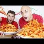 تحدي اكل 4 كيلو من بطاطس كنتاكي مع الشطة الحارة جدا ضد المصور 10,000 سعرة حرارية |التحدي الاكبر|