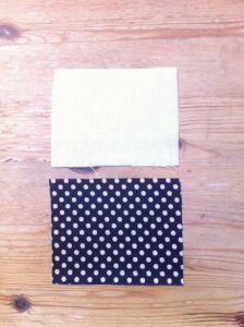 Cortar cada pieza de tela de 9 x 7 cms