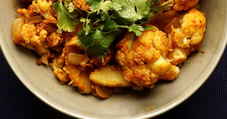 A-Looo? Anybody there? It's Gobi time! (Cauliflower and Potato Curry)