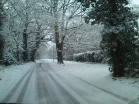 Difficult driving on icy roads