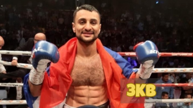 David Avanesyan celebrates victory