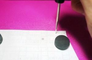 縫い穴の目印をつける