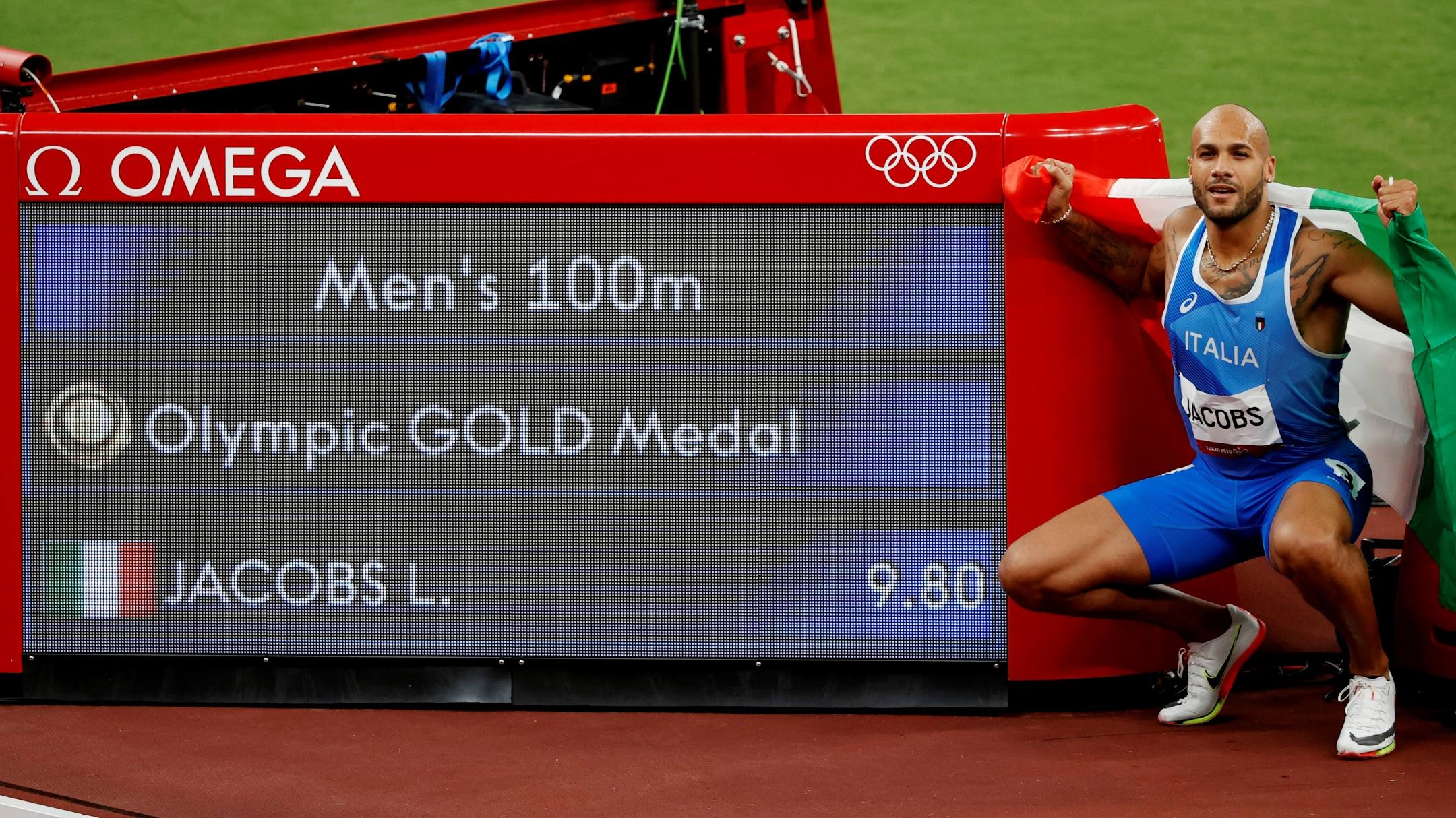 Tokyo 2020: Jacobs creates history as first Italian to win gold
