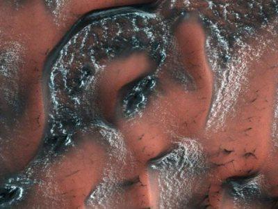 Снігові дюни на Марсі