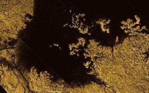 Супутник Сатурна має моря, схожі на земні