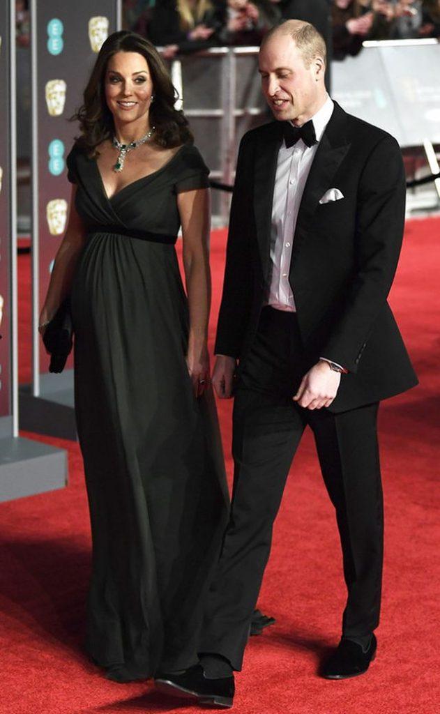 """Герцогиня  Кейт Міддлтон порушила дрес-код """"чорних вдів"""" Голлівуду"""