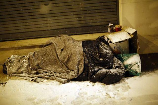 Бездомний у Парижі