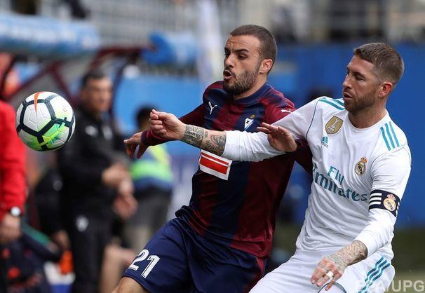 Футболіст Серхіо Рамос покинув гру, щоб сходити в туалет