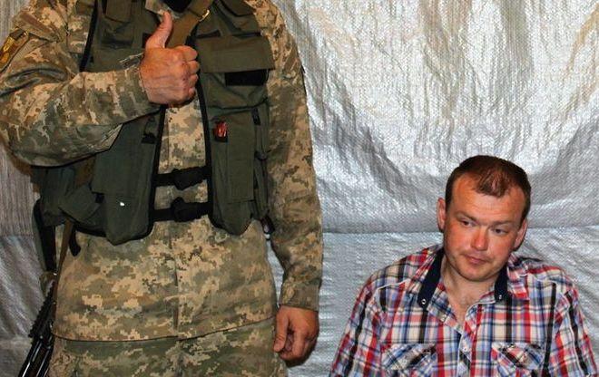 Розвідники захопили офіцера-зрадника, який перейшов на бік бойовиків