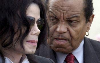 Батько кастрував Майкла Джексона ще в дитинстві