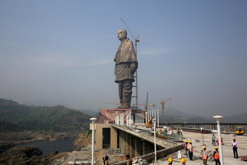 Найвища статуя у світі