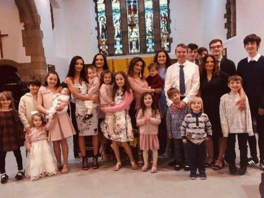Багатодітна британська родина