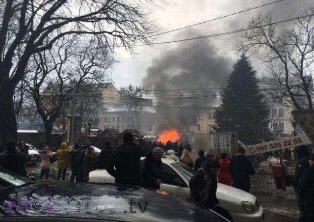 Львів, різдвяний ярмарок. пожежа