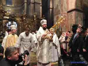 Митрополит Епіфаній, богослужіння у Софії Київській