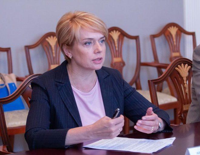 Гриневич: Угорщина підкуповує вчителів на Закарпатті
