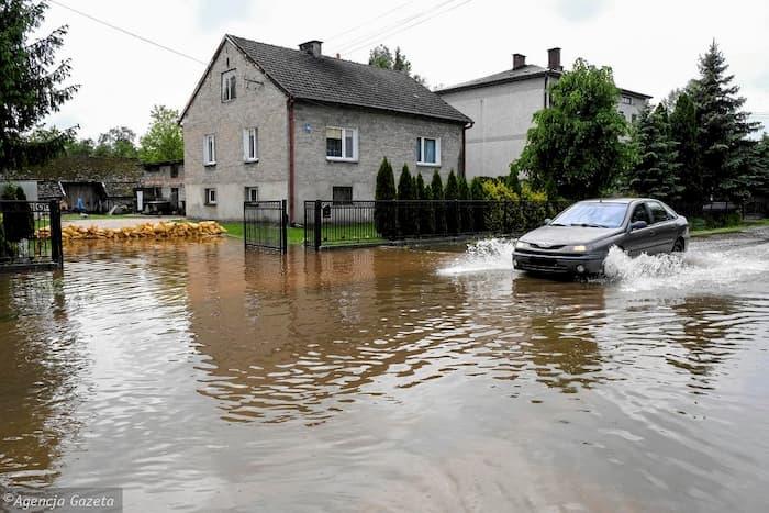 На польський Краків суне гігантська паводкова хвиля