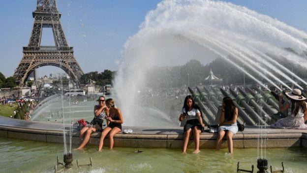 Париж. спека