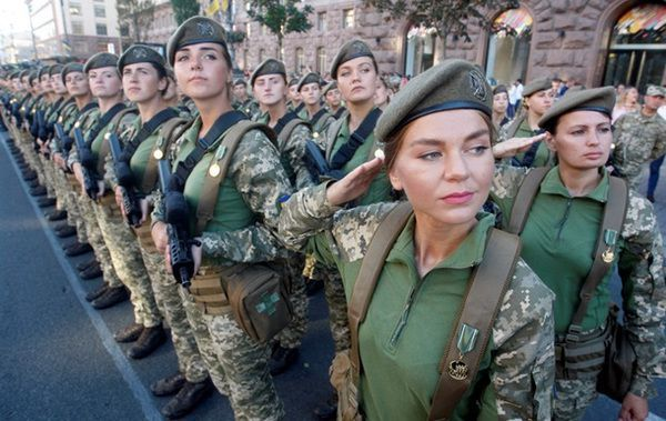 Військові на параді в Києві