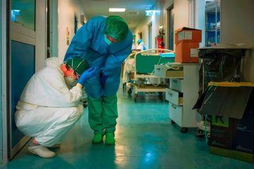 італійська лікарня, медсестри