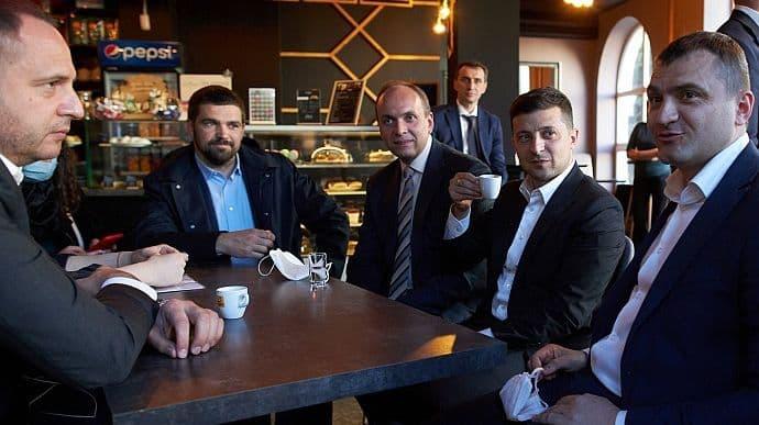 Зеленський у кафе в Хмельницькому проводив інспекцію