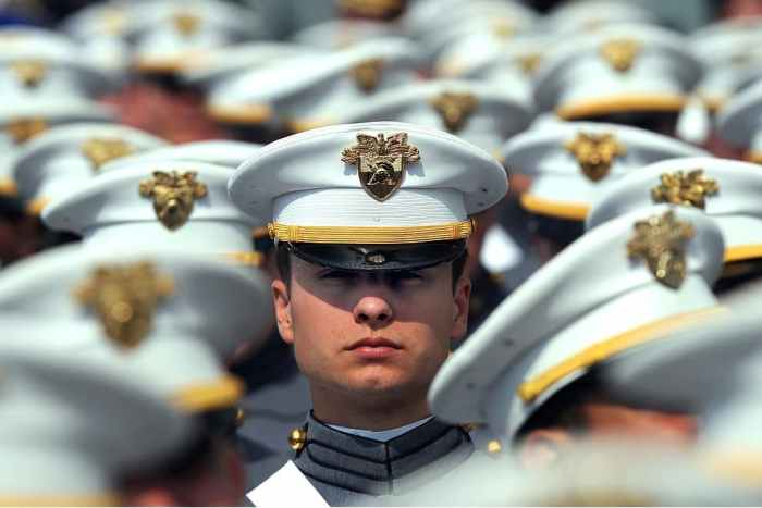 Випускник - офіцер армії США