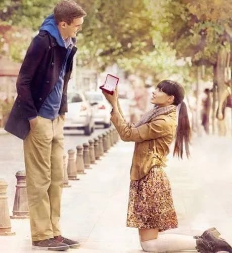Як сучасні дівчата роблять хлопцям пропозицію одружитися
