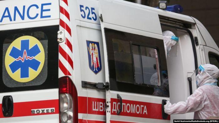 Вірус мутує: 17 осіб на Львівщині заразилися коронавірусом повторно