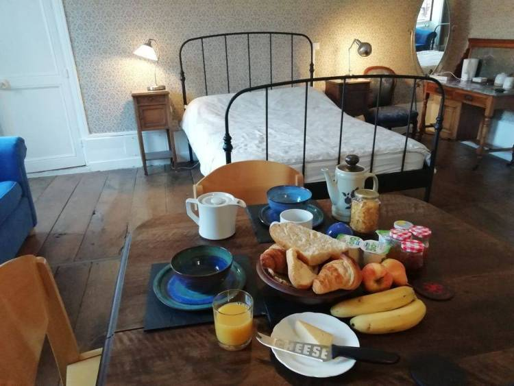 Breakfast served in guest room