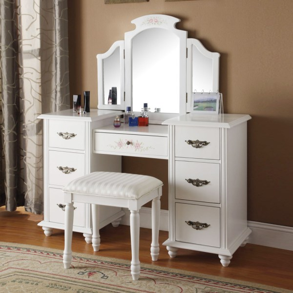 Torian Collection Elegant Vanity Makeup Set With Tri-folding