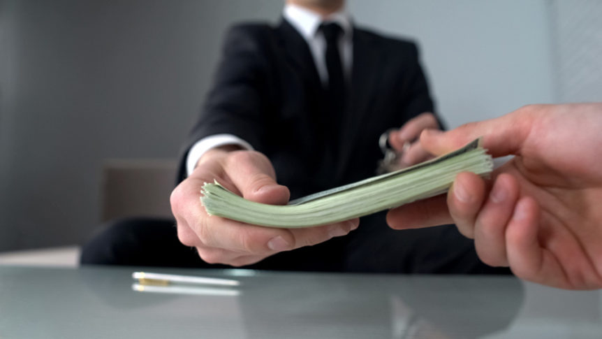 Can I Afford A Lawyer How Much Does A Lawyer Cost Laws101 Com