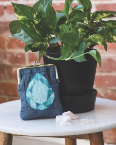 Patchwork Lab: Gemology, Andrea Tsang Jackson. Coin Purse DIY, Gemstone Quilt
