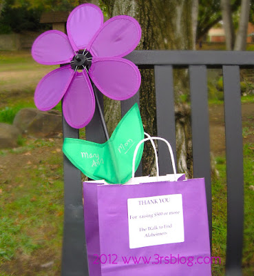 """We Walked to End Alzheimer's, and I Say """"Thank You"""" and Share Pictures"""