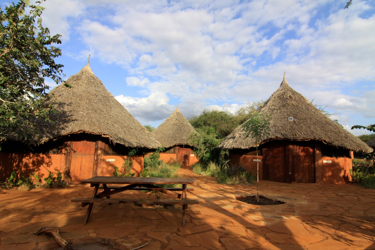 zuru kenya african village camp