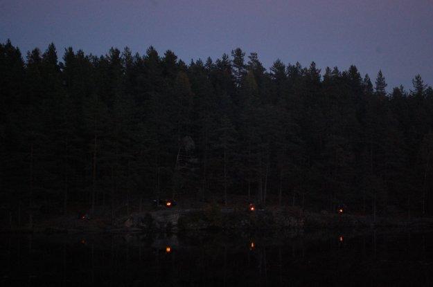 Patruljebål ved Åletjern i oktober 2013. Foto: Hanne Birte Hulløen