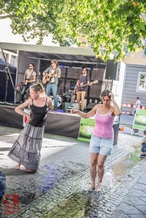 Dancing in Bottlerplatz to Björnson Bear