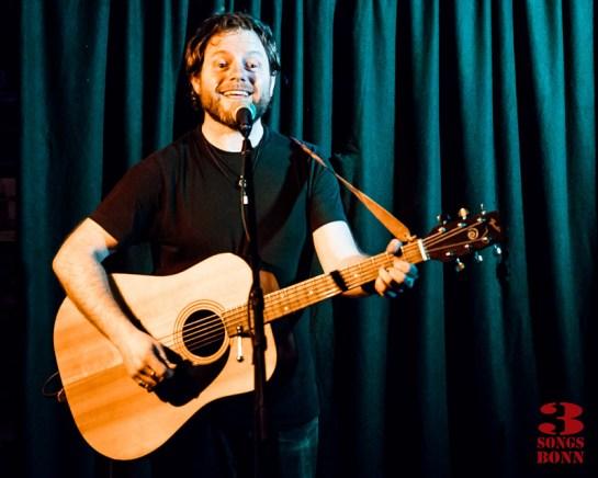 Happy making music - Shane O Fearghail