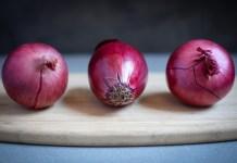 البصل الأحمر...ذلك السلاح القوي الذي يقتل الخلايا السرطانية